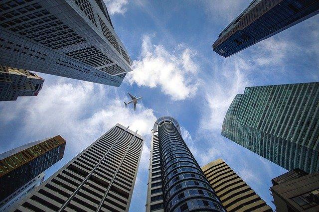 世界経済は右肩上がりで成長している